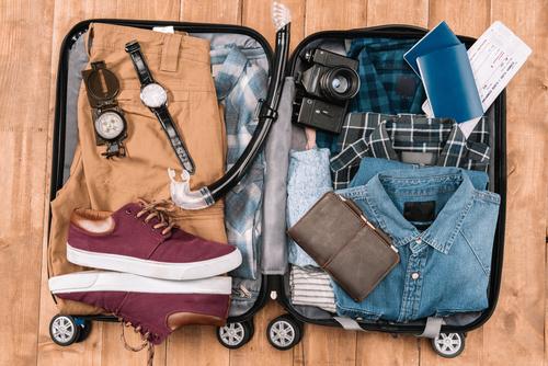 Was die richtige Koffergröße für Ihren Familienurlaub ist